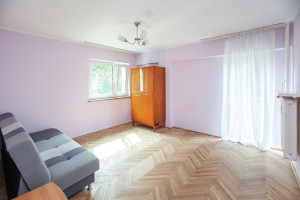 Broniewskiego Salon 3 IMG 7289 Small